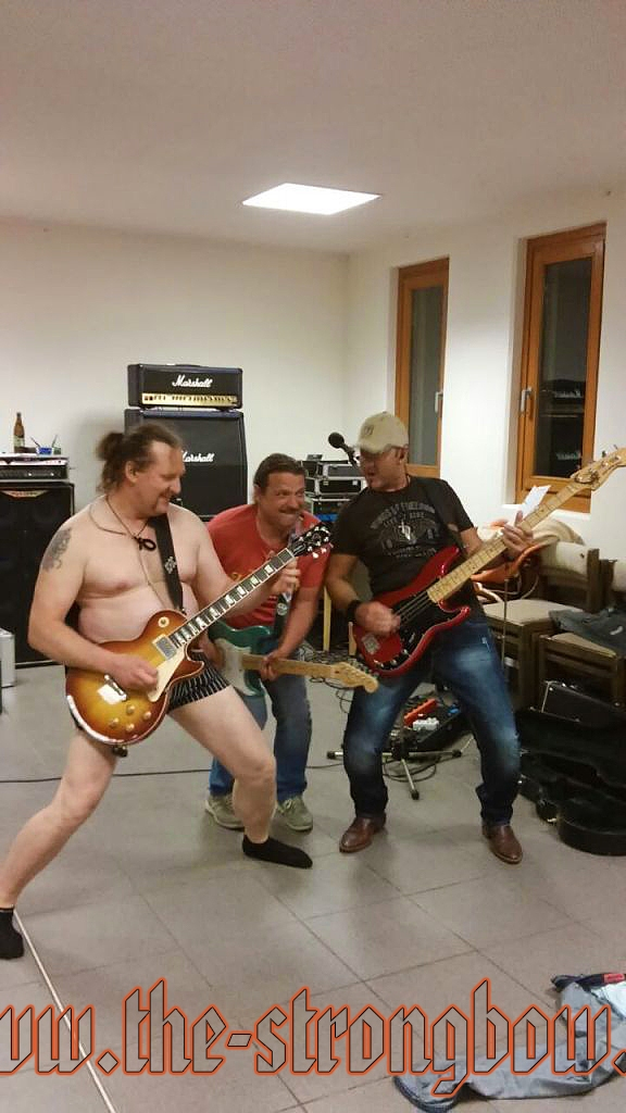 The Coverband Strongbow - Probe 30.04.2015 - 0038.jpg