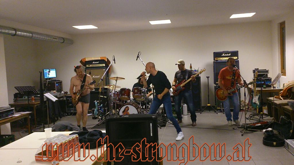 The Coverband Strongbow - Probe 30.04.2015 - 0058.jpg