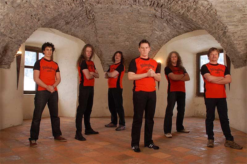 Strongbow-Bandfotos2-01.jpg