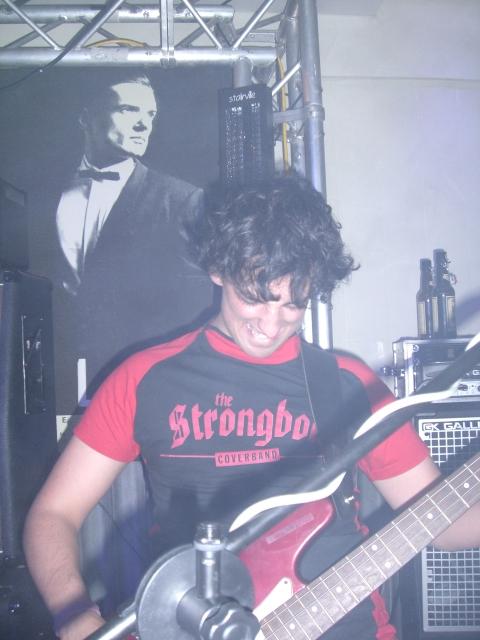 strongbow-garage-6122008-karl-0092.jpg