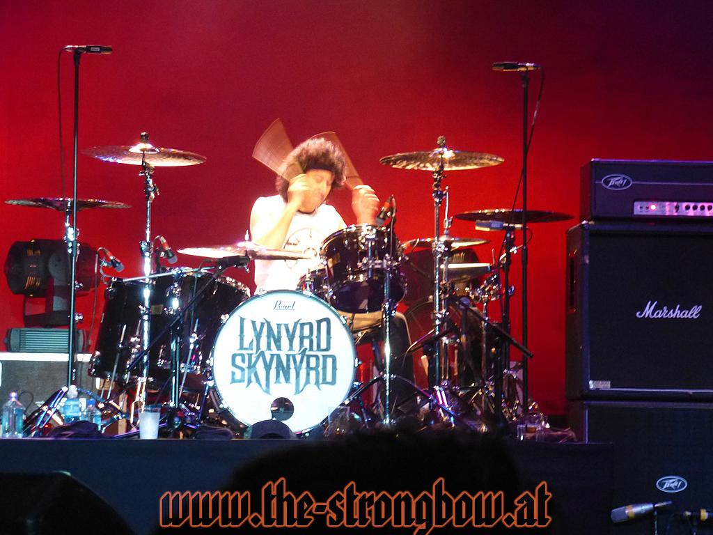 lynyrd-skynyrd-2012-0102