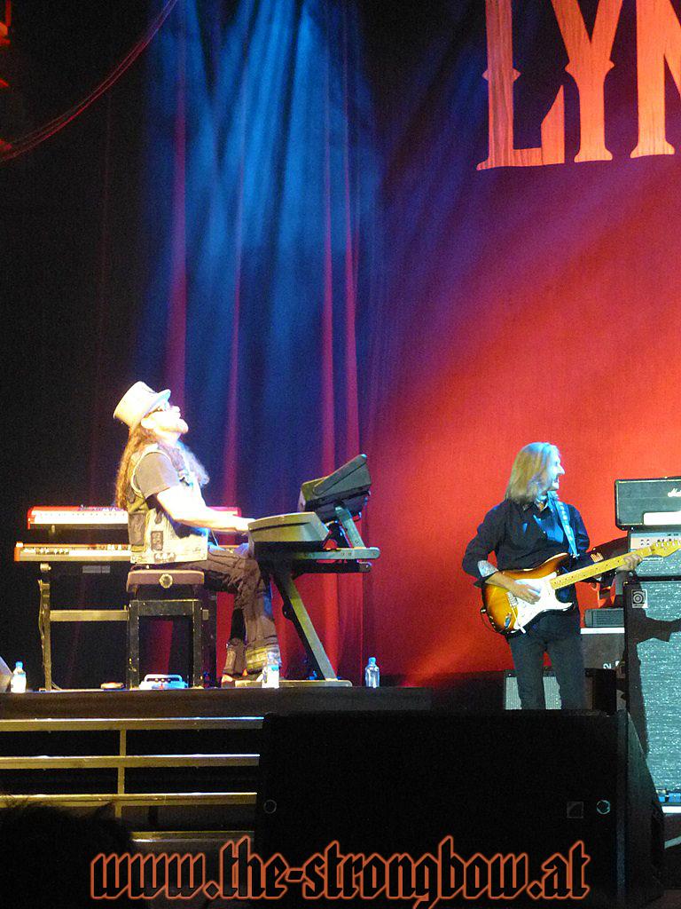 lynyrd-skynyrd-2012-0108