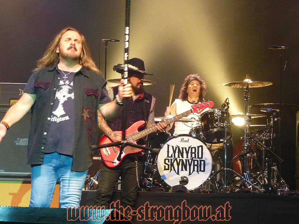 lynyrd-skynyrd-2012-0115