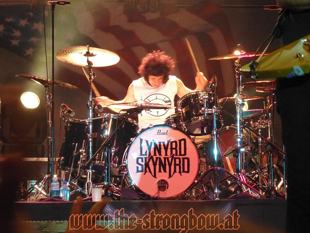 lynyrd-skynyrd-2012-0201