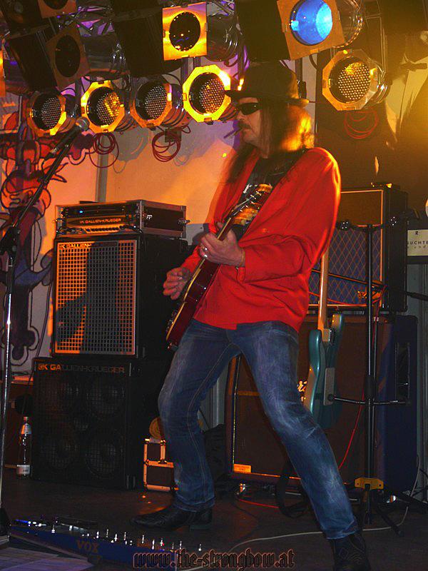 gig-garage-10-12-2010-hp-0015