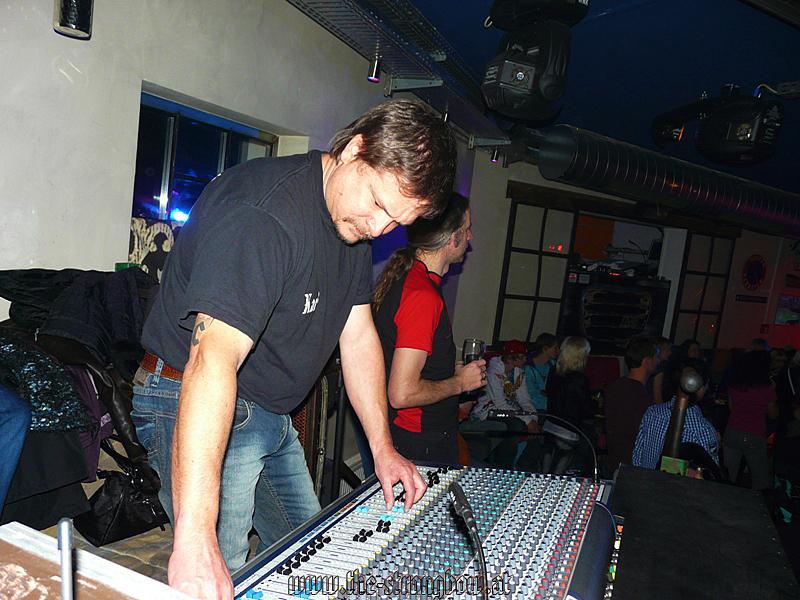 gig-garage-10-12-2010-hp-0027