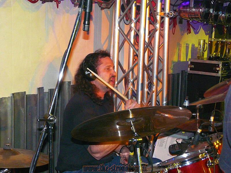 gig-garage-10-12-2010-hp-0087