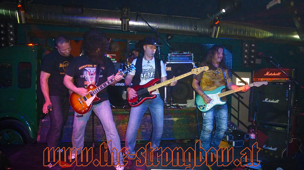 strongbow-garage-2013-0028