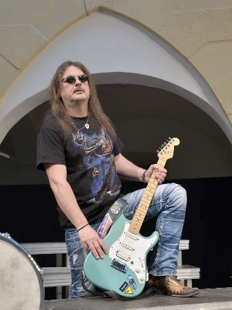 The-Coverband-Strongbow-2015-Willi